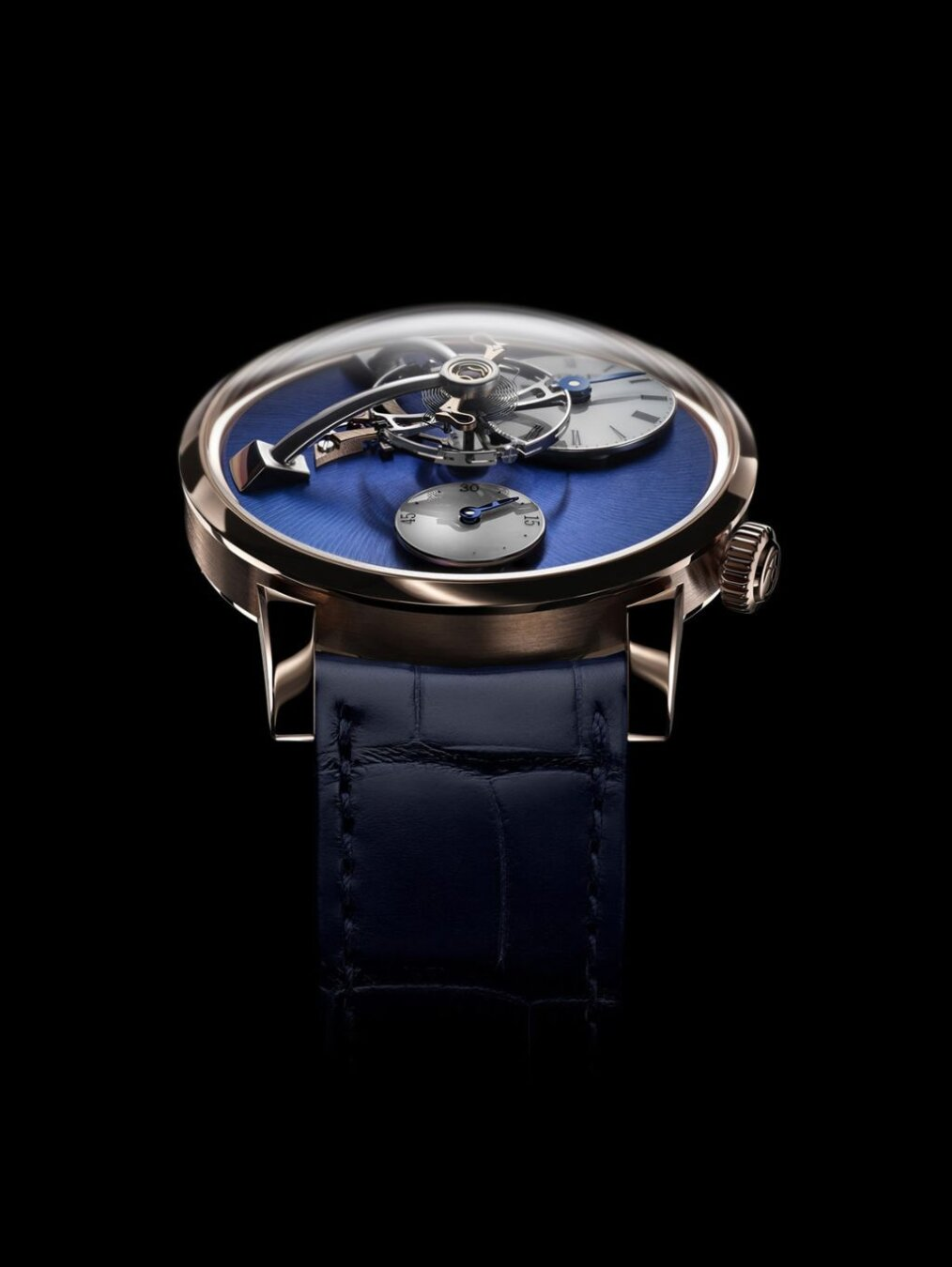 Legacy Machine 101 rose gold blue dial
